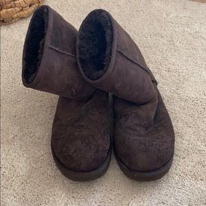 UGG - Classic Short Ugg Boot in Brown